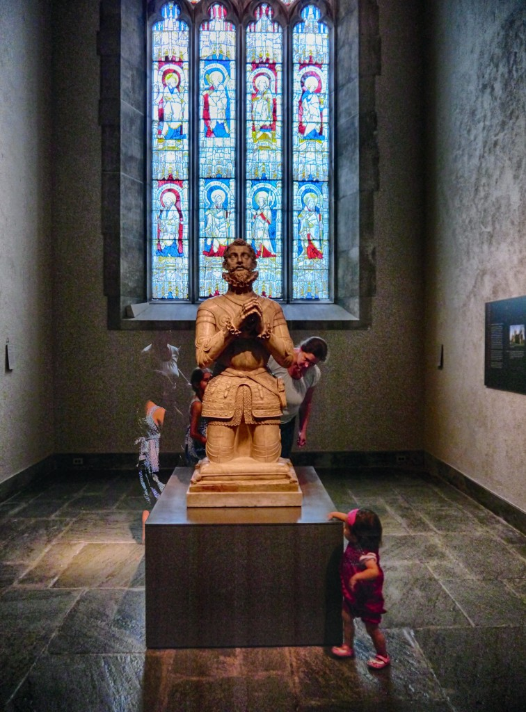 Spanish knight kneeling. Unknown subject, unknown artist.