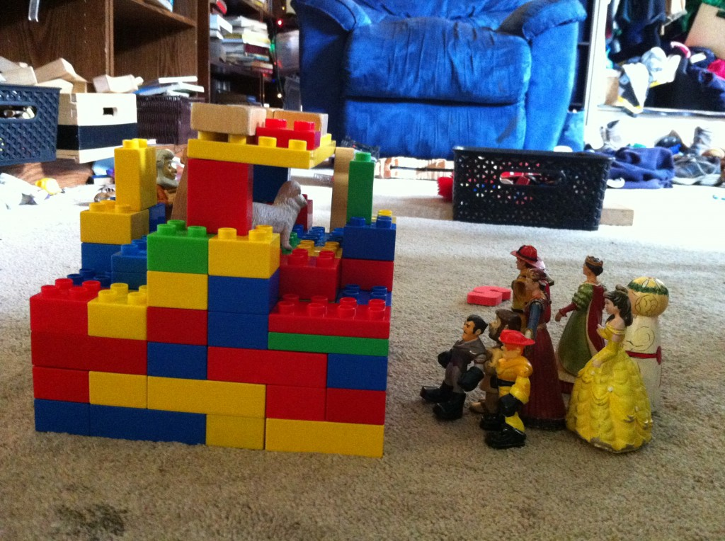 Lego recreation of the Globe theater.