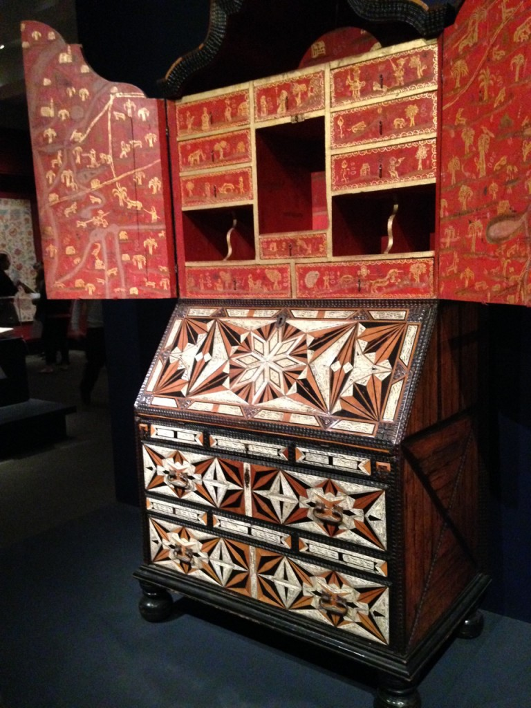 Inlay cabinet