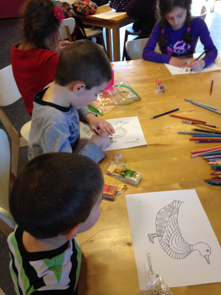 Children color at the craft museum.